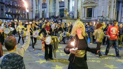 Zinneke Parade online te beluisteren
