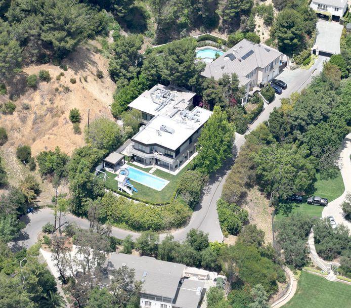 Nicole Kidman, 52 ans, et Keith Urban, 51 ans, ont eux payé cinq millions de dollars en 2008. Ils sont les plus anciens du quartier