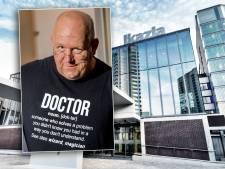 Jan Bonte na coronakritiek aan de kant gezet door ziekenhuis: wie is deze neuroloog uit Dalfsen?