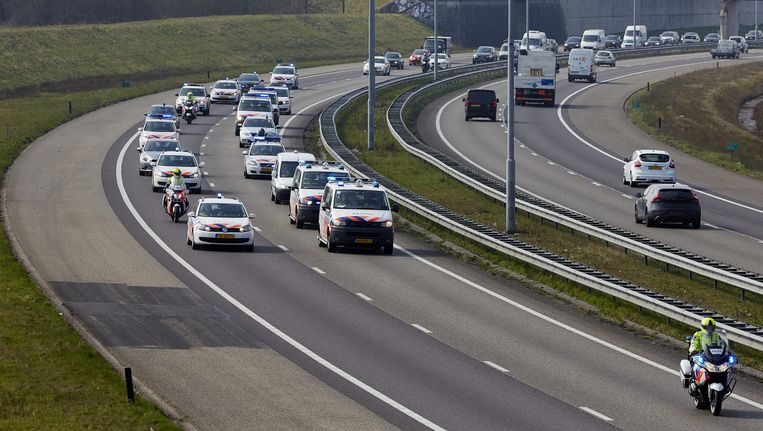 De politiebonden ACP en NPB hielden op 24 maart ook al een langzaamaanactie op de A16 en de A58 tussen Breda en Zeeland. Beeld anp