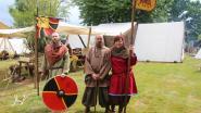 """Streekgenoten Kathleen, Geert en Nicky leven weekend lang in vroeg-middeleeuws Vikingendorp: """"Even weg van alle moderne klodden, zalig gewoon"""""""