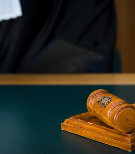 Verdachte drugsdealers uit Deventer en Diepenveen komen vrij