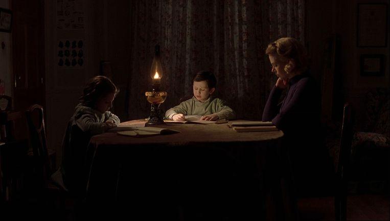 Alakina Mann, James Bentley en Nicole Kidman in The Others. Beeld