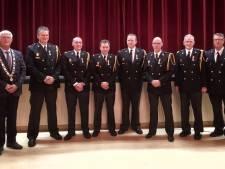 Brandweermannen koninklijk onderscheiden