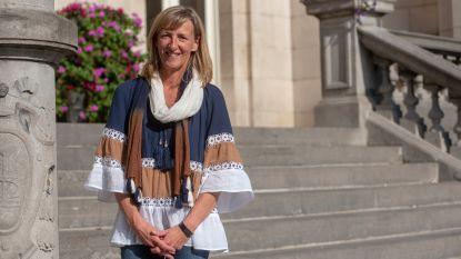 """Elsie Sierens (50) is eerste vrouwelijke burgemeester van Destelbergen: """"Dat vertrouwen en geloof doet deugd"""""""