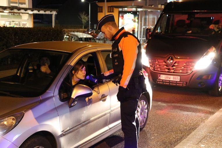 De politie controleerde een pak bestuurders op de Gentsesteenweg.