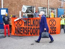 Protest Extinction Rebellion bij Prodentfabriek: 'De  toekomst van de wereld is in het geding'