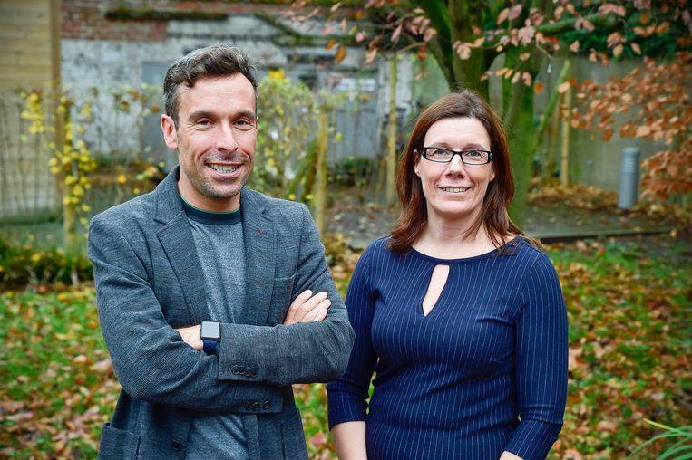 Dokter Geert Everaert en dokter Ségolène Vandeputte trekken het project Twoape.