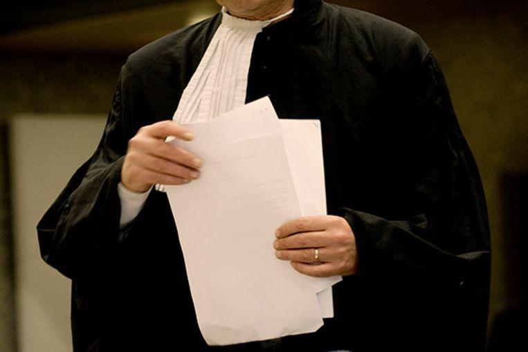 De zaakvoerster heeft geen erkenning als advocate.