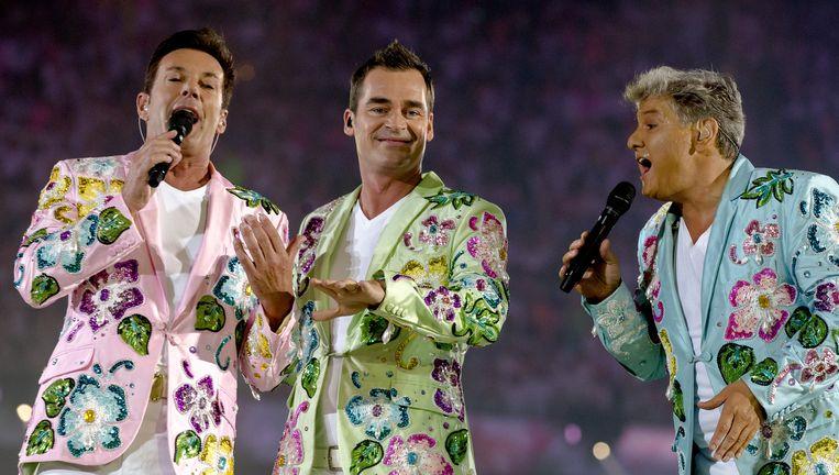 Gerard Joling , Jeroen van der Boom en Rene Froger tijdens het concert Crazy Summer Edition van de Toppers in de Amsterdam ArenA. Beeld ANP