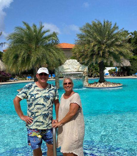Margot en André boekten twee weken extra vakantie op Curaçao: 'In Nederland hebben we nu niets te zoeken'