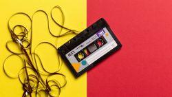 Vaarwel fileleed: 10 podcasts om de rit van en naar het werk aangenamer te maken
