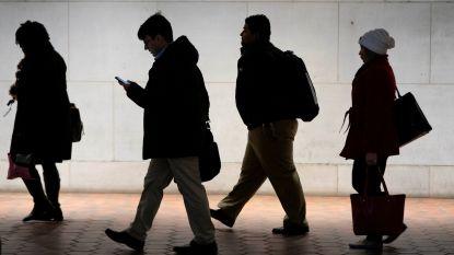 Paswoord vergeten en 4.459 onbeantwoorde mails: Amerikanen gaan terug aan het werk en dat verloopt niet van een leien dakje