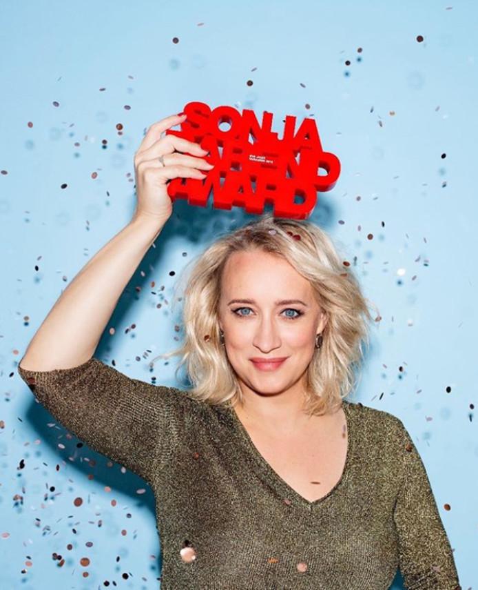 Eva Jinek: winnaar van de Sonja Barend Award 2018.