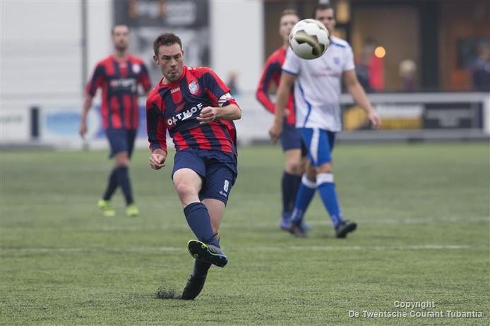 Voetbal Hellendoorn tegen ZAC. Op de foto Stephan Lamers