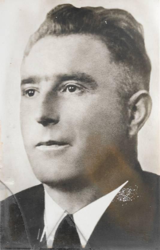 Groenteboer en koffiebrander Gijs Wijnveld uit Schaarsbergen bracht  gestrande geallieerde vliegtuigbemanningen na de Slag om Arnhem in veiligheid.