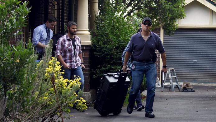 Australische agenten komen uit het huis van de vermoedelijke bedenker van de bitcoin