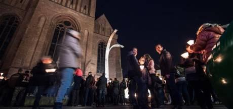 Tweeduizend lantaarns uit in Hengelo tijdens Earth Hour