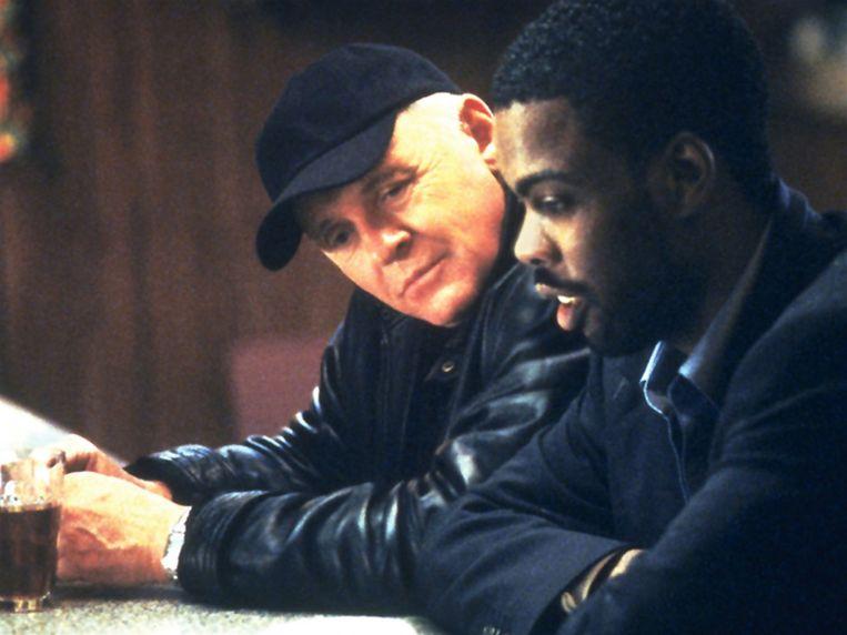 Anthony Hopkins en Chris Rock in Bad Company van Joel Schumacher Beeld
