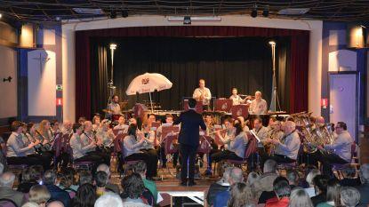 Harmonieën organiseren Play In