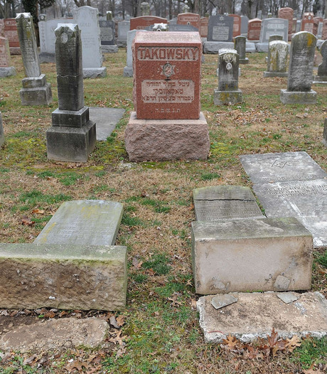 Graven vernield op Joodse begraafplaats Philadelphia