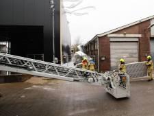 Brandweer druk met storm, huishoudens zonder stroom door boom die dreigt om te vallen