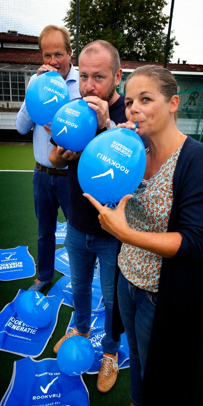 Hockeyclub Rapid start het nieuwe seizoen volledig rookvrij. Het is de eerste vereniging in Gorinchem die deze stap maakt.