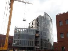 Sloophamer laat 'de lens' in Nieuwegein barsten