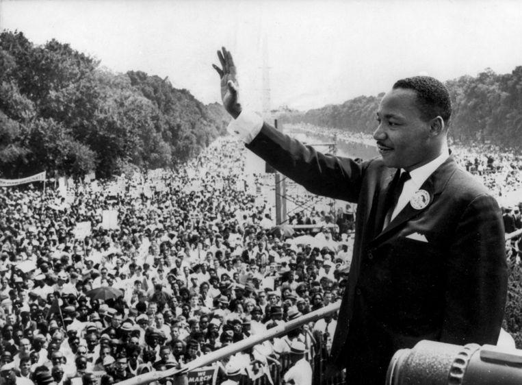 Ds. Martin Luther King bedankt de meer dan 250.000 toehoorders die hebben geluisterd naar zijn beroemde speech: 'I have a dream