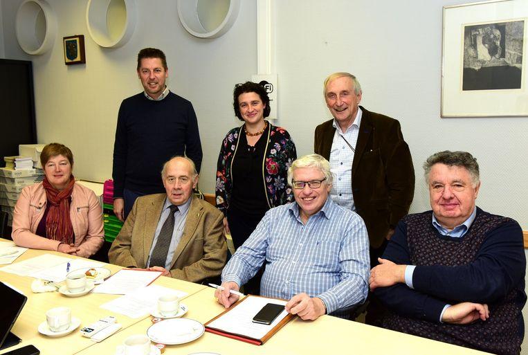 De vier zittende burgemeesters stoppen begin volgend jaar