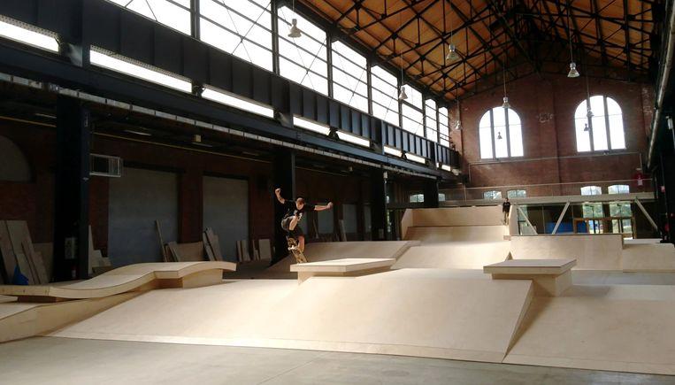 Het nieuwe skateparcours in de Parkloods van Park Spoor Noord voor het Antwerp Skate Contest 2019.