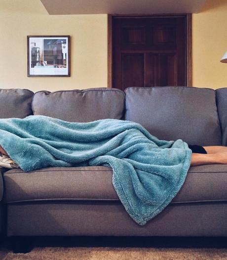 Vijf manieren om de woonkamer romantisch te maken