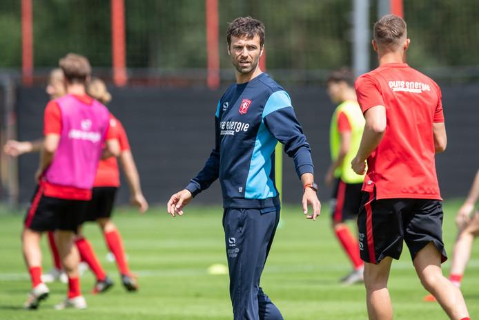 De nieuwe Gonzalo Garcia Garcia heeft met FC Twente drie nieuwe oefenpartners gevonden.