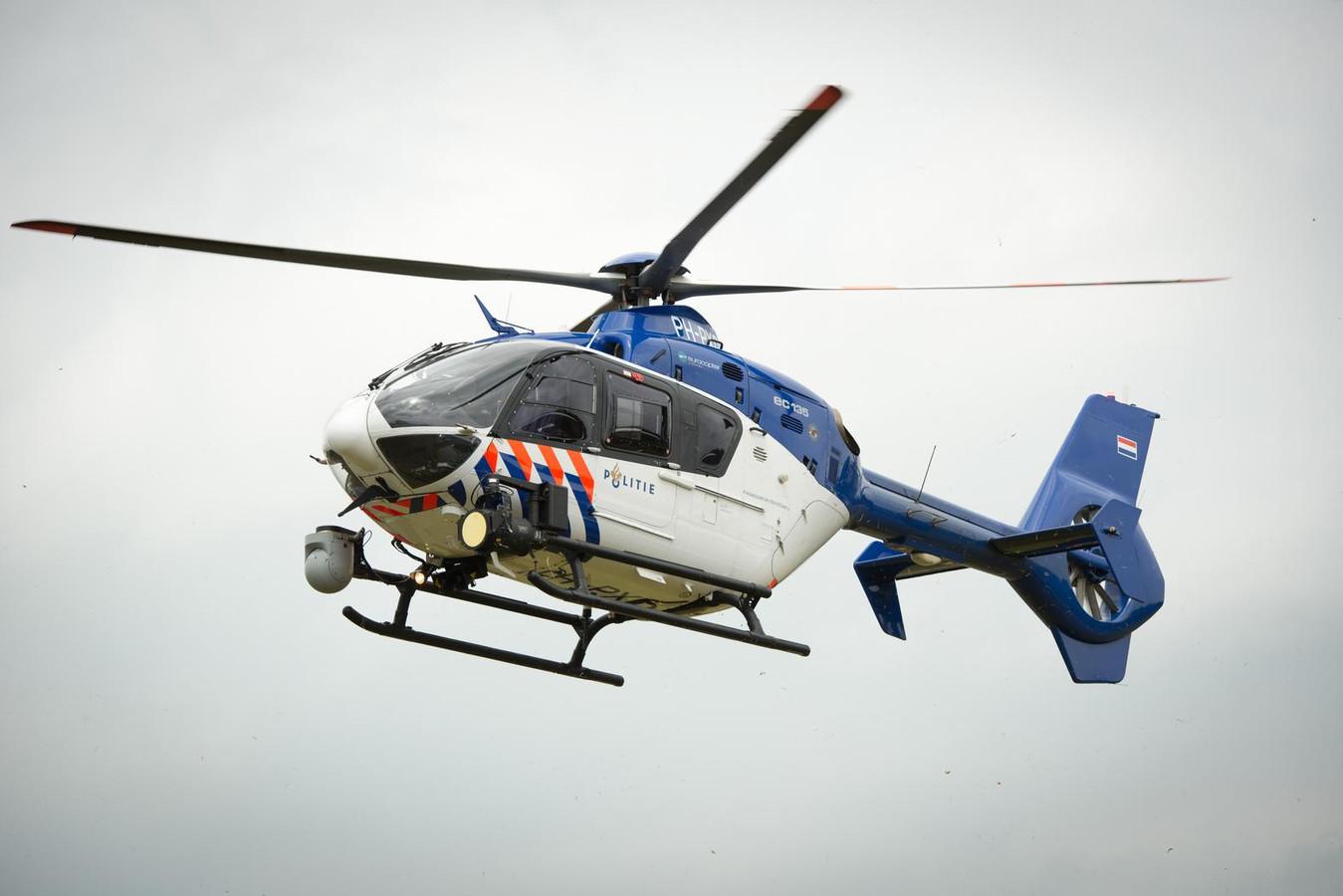 De politiehelikopter.