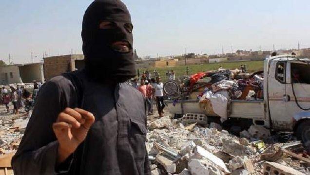 Un combattant de l'EI à Raqqa