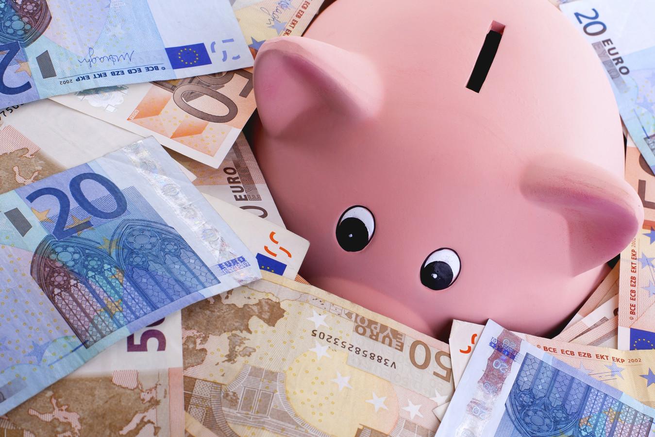 Het Zeeuwse onderwijs heeft in totaal 174 miljoen euro achter de hand.
