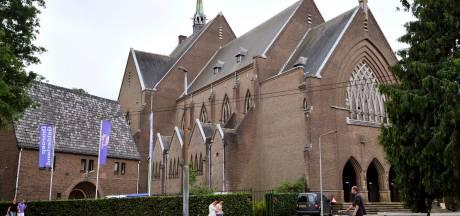 Jozefkerk Arnhem is molensteen voor parochie