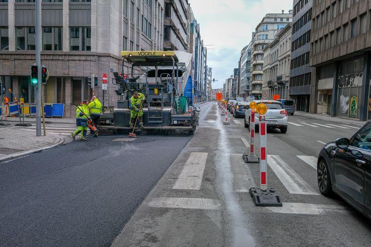 Aanleg van fietspad in de Belliardstraat