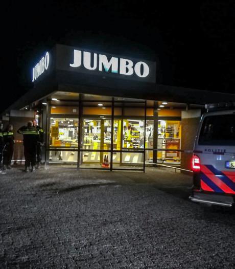 Tieners opgepakt voor overval op Jumbo Groesbeek met bijlen en mes