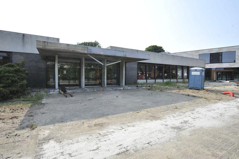 Het oude gemeenschapscentrum in de Schoolstraat wordt binnenkort afgebroken.