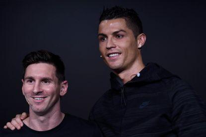 """""""In Champions League-modus, doet hij dingen die niemand anders kan"""": Lyon looft Messi, maar de Argentijn prijst vooral... Ronaldo"""