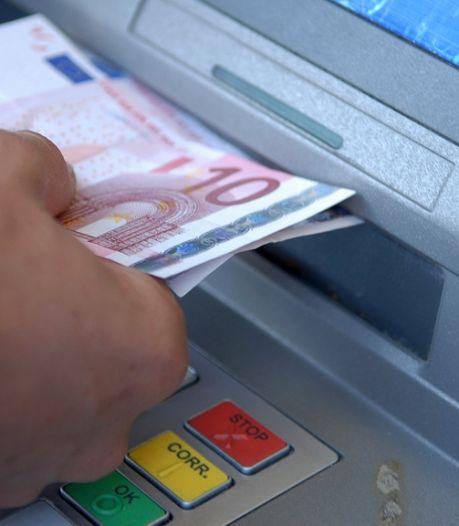 Rabo-geldautomaat weggehaald in centrum Bruinisse