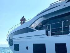 Entre deux matches, Cristiano Ronaldo se détend à bord d'un yacht ultra-luxueux