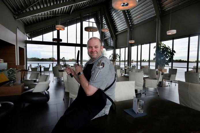 Ex-eigenaar en chef-kok Erik Hermans trok half juli voor de laatste keer de deur achter zich dicht van zijn restaurant op de Lek.