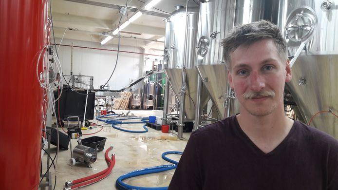 Roel Buckens, eigenaar van brouwerij Frontaal, in het Faam-gebouw in Breda.