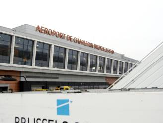 Bomalarm op vliegtuig op luchthaven van Charleroi