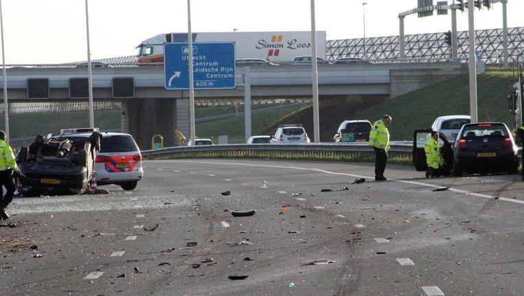 Ravage op de A2 bij Maarssen na het ongeluk Beeld anp