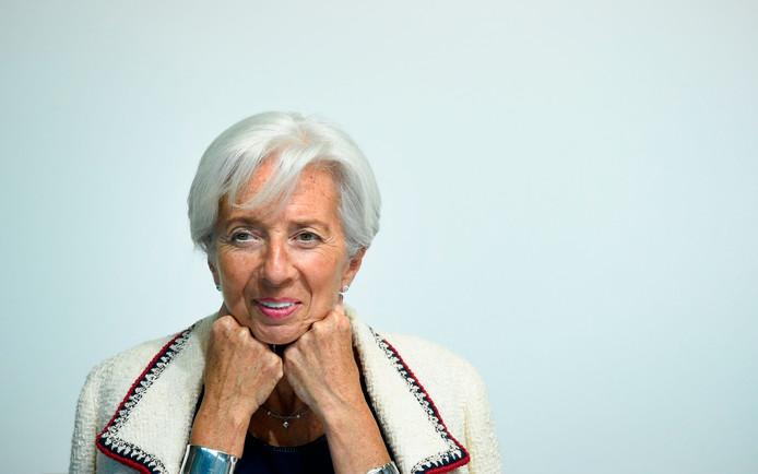 'Tanden op elkaar en glimlachen', zo leerde Christine Lagarde als synchroonzwemster. Zij wordt in het najaar de eerste vrouwelijke president van de Europese Centrale Bank.