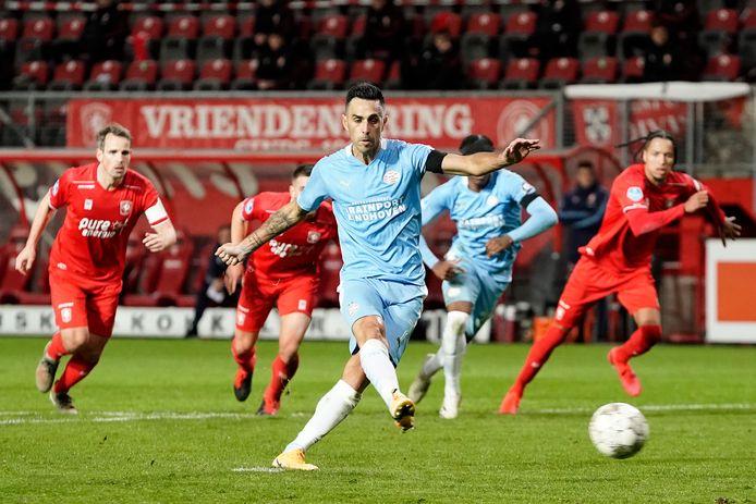 Eran Zahavi mist een penalty