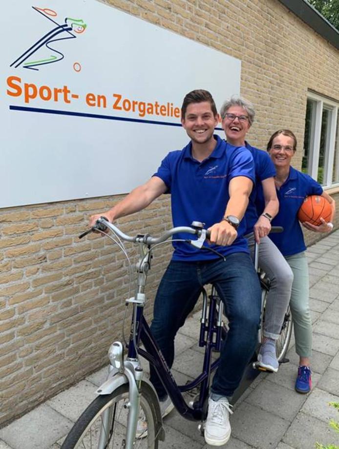 Jelle van den Elzen, Willy van Hijfte en Yvonne Petit van WYzorg (vlrn).